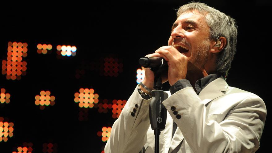 Sergio Dalma se disculpa tras pedir al público que infringiese las normas anticovid en su concierto en Murcia