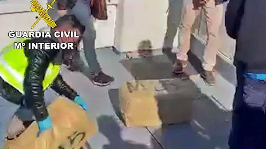 Intervenidos 630 kilos de hachís a una banda andaluza apoyada por narcos gallegos