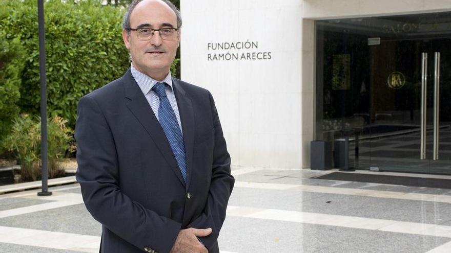 Juan García-Bellido: «Saber que no somos nada es lo que nos hace especiales»