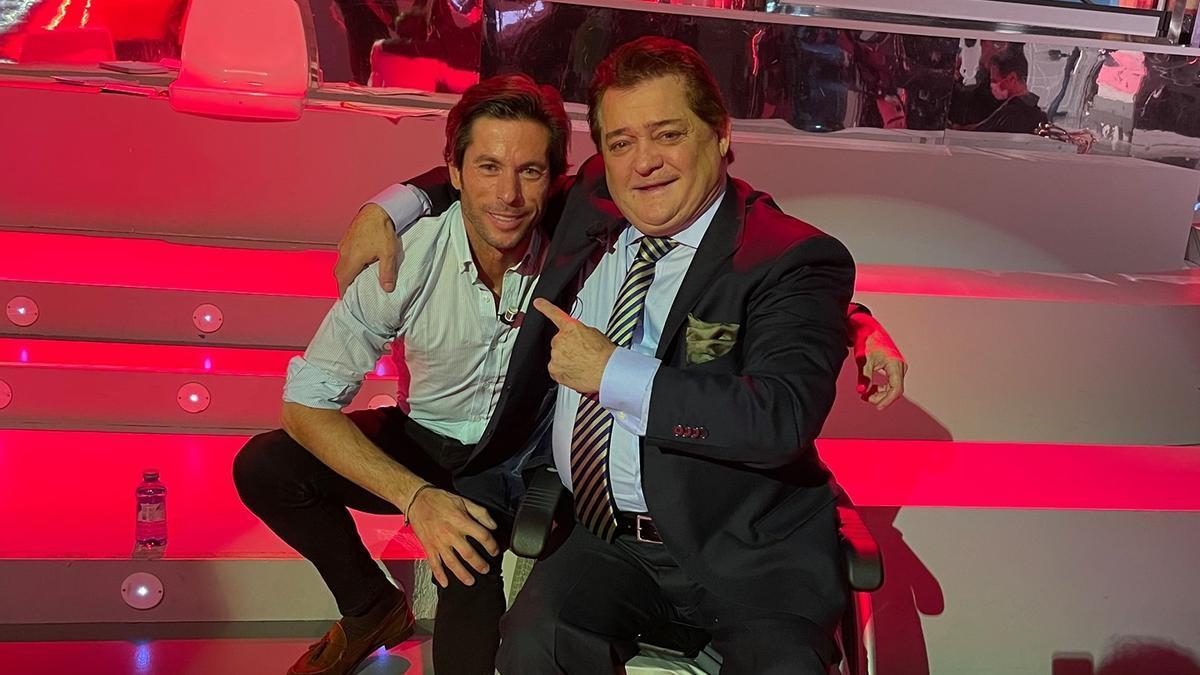 El Soro junto a Canales Rivera en el plató de Telecinco el viernes pasado.