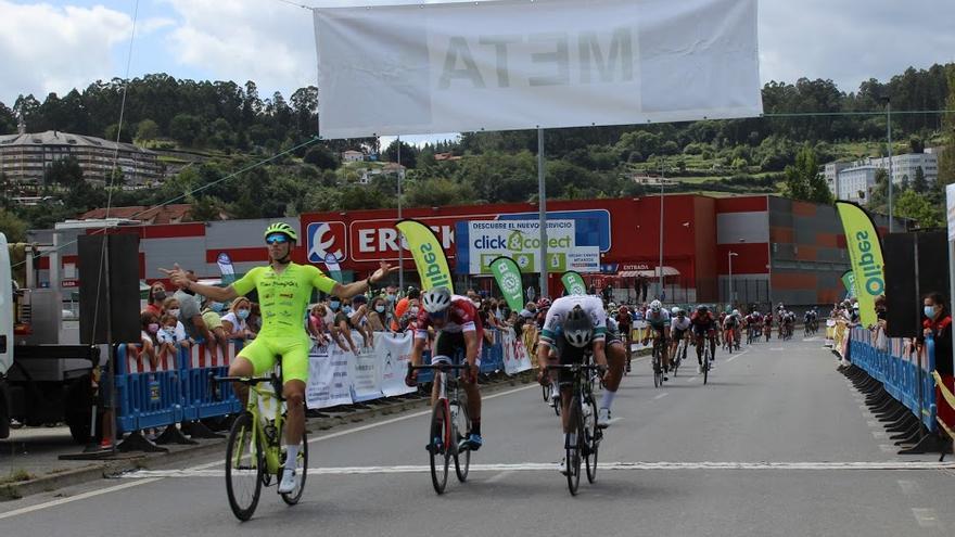 El Vigo-Rías Baixas conquista Betanzos con Miguel Ángel Fernández