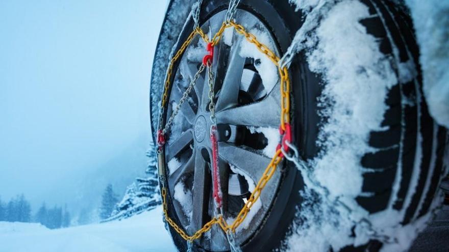 ¿En qué ruedas se ponen las cadenas del coche y cuáles me convienen?