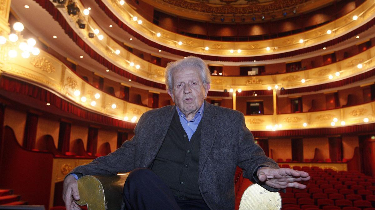 Joan Ribas, al Teatre Municipal de Girona