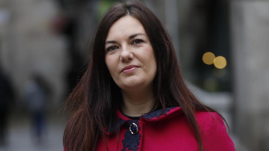 La escritora Ledicia Costas gana el Premio Laxeiro