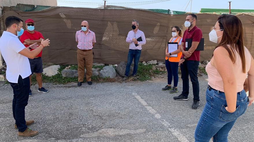 El Consistorio ultima los detalles de la instalación de abastecimiento y alcantarillado en Pedro Paso