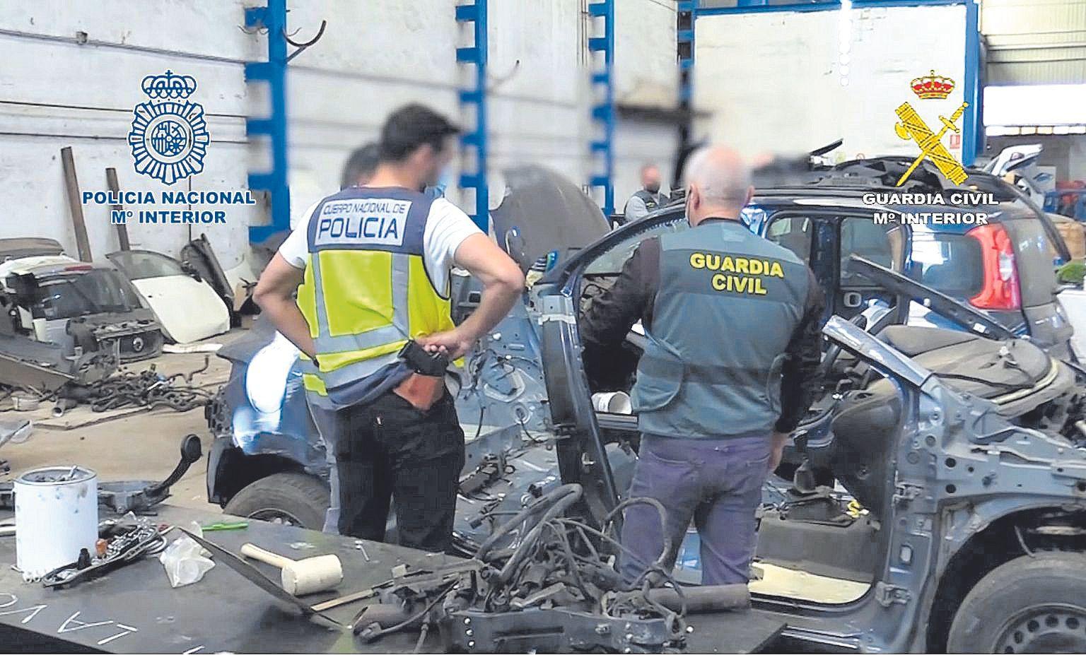 La banda desarticulada en Palma robó más de sesenta coches de lujo