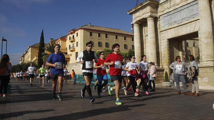 Más de 700 atletas participan en la Running Series de AJE