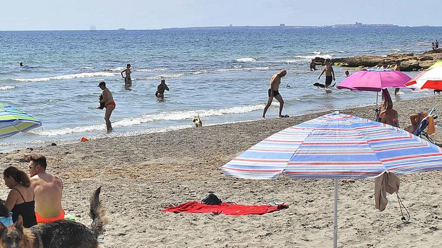 Lo que hacemos mal en la playa: estas son las multas que la Policía pone en la arena