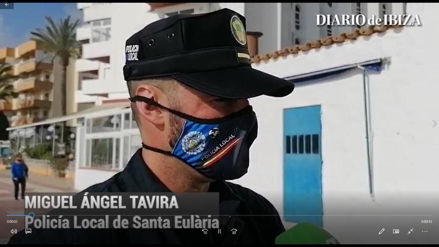 La policía rescata a un pescador en Santa Euària
