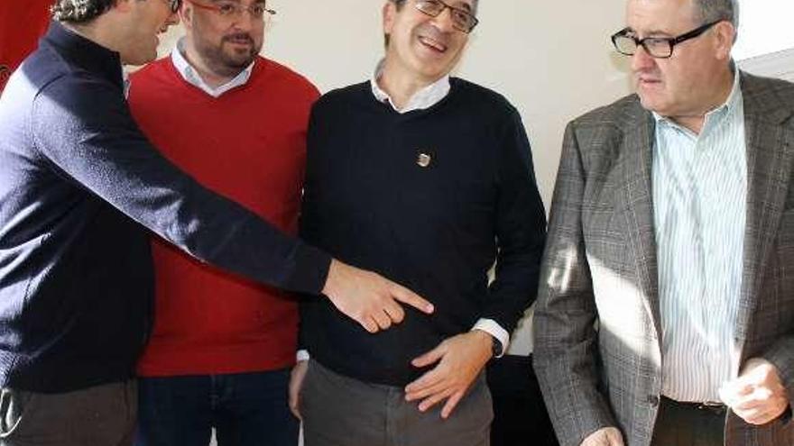 """Patxi López: """"Asturias debe invertir en industria basada en I+D"""""""