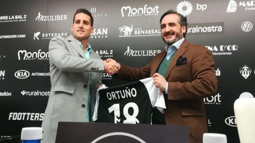 "Juanto Ortuño: ""Castalia es como el Bernabéu de la Segunda B"""