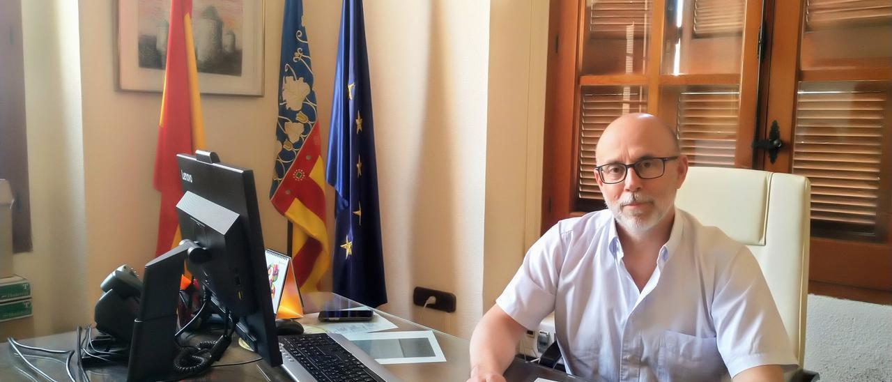 El alcalde de Monóvar, el socialista Alejandro García.