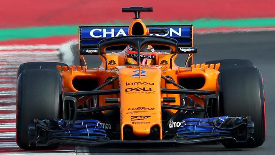 McLaren mejora y Vettel bate récords en Montmeló