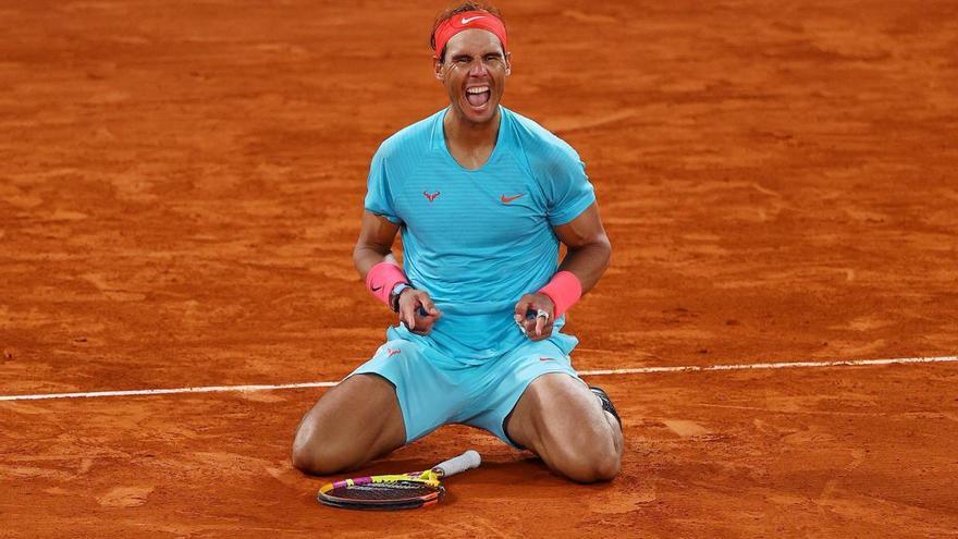 Nadal fa el 12+1 a París i caça Federer en els gran eslam