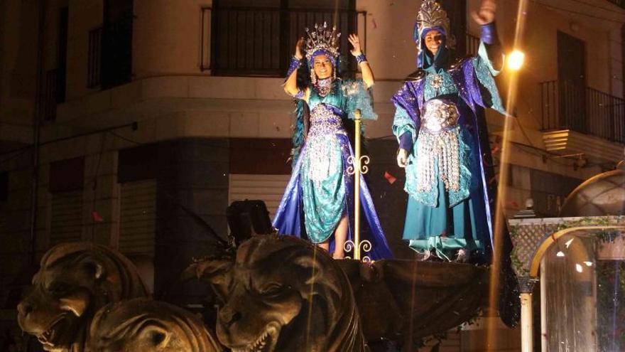 Castelló decide celebrar los Moros i Cristians con restricciones