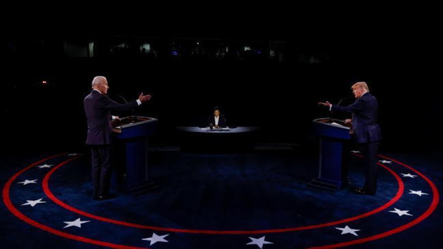 Trump y Biden protagonizan un debate menos tenso, pero repleto de acusaciones