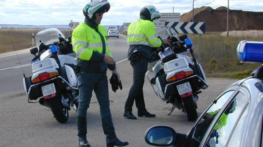Una de cada dos imprudencias detectadas en las carreteras de Zamora se debe al uso del móvil