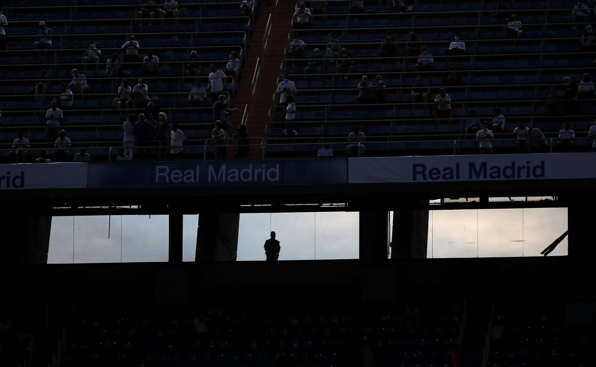 Así luce el Bernabéu tras su reforma parcial