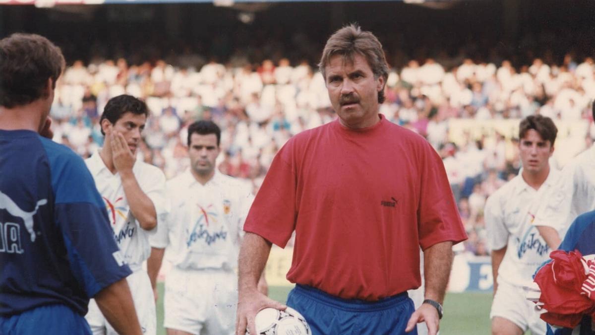 Guus Hiddink, entrenador del Valencia CF entre 1991 y 1994