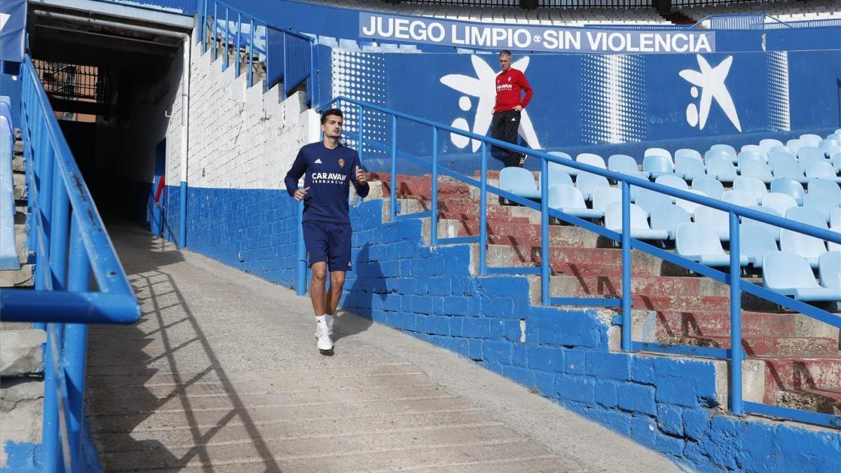Álex Muñoz se ausenta del entrenamiento debido a un proceso febril