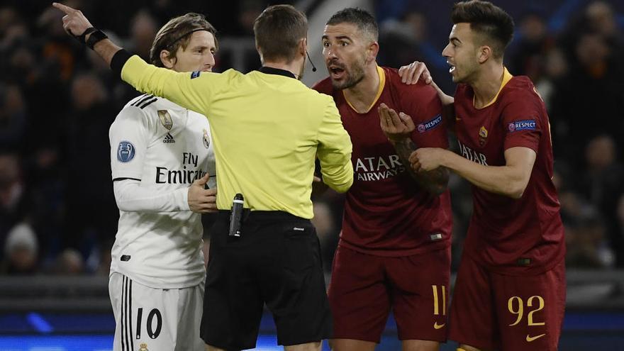 El Madrid reacciona en Roma y asegura el primer puesto