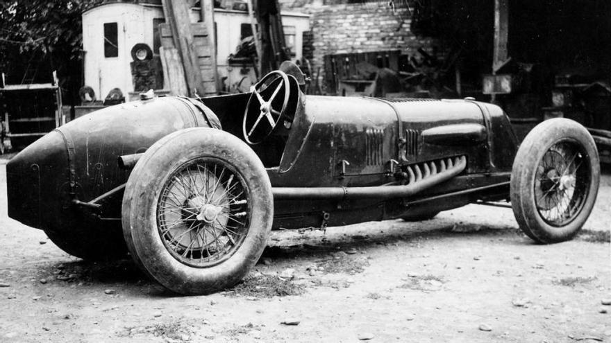 Maserati Tipo V4, una historia de récord