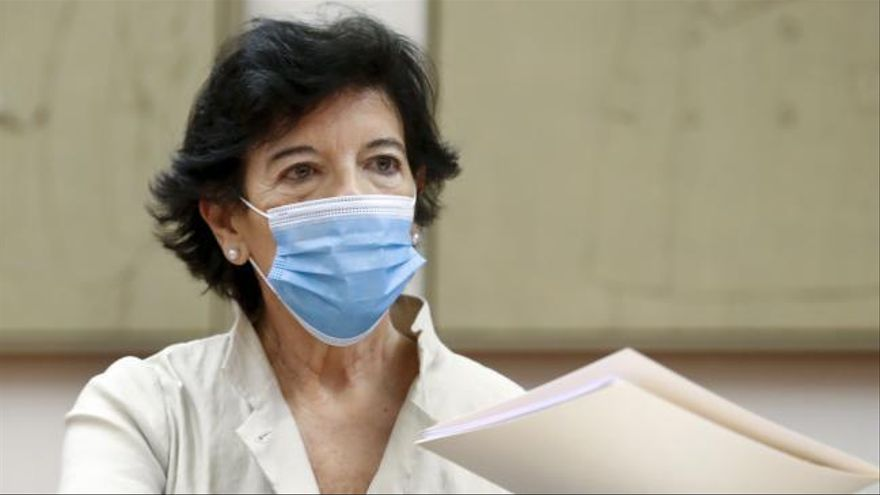 Celaá admite que aún no hay nada seguro sobre la vuelta al cole en septiembre