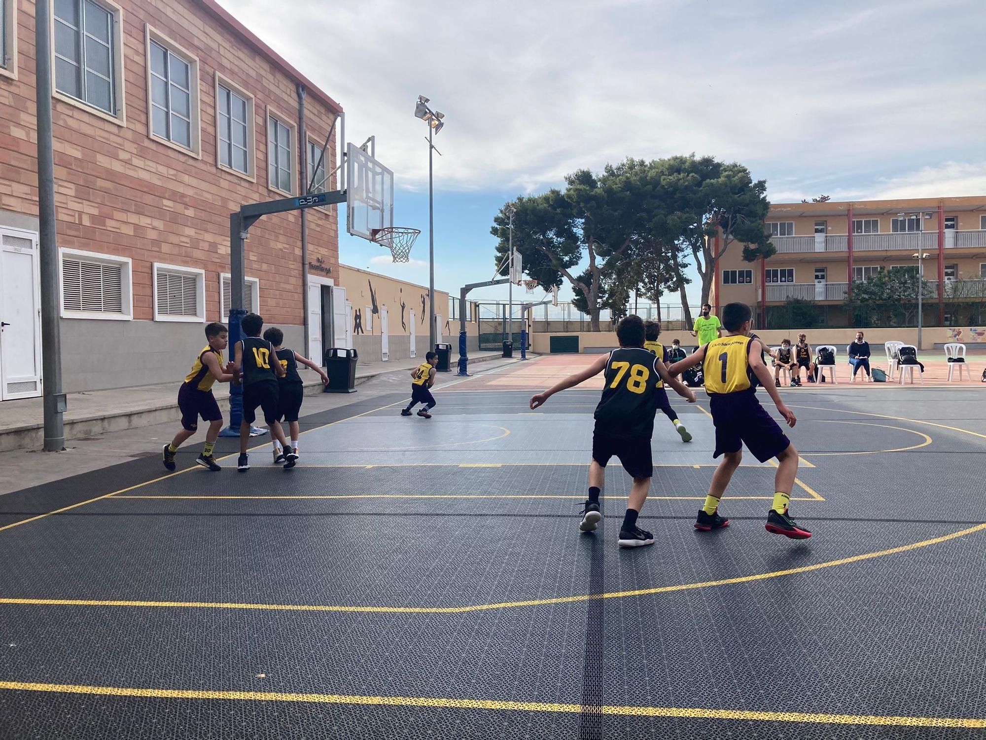 Partido de b�squet en San Josep 2.jpg