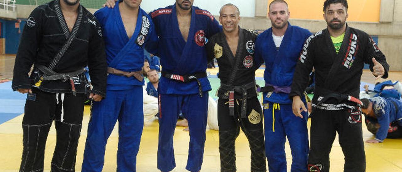 De izq. a dcha. Rafael Feijao Cavalcante, Carmelo Molina, Minotauro Nogueira, Gil Catarino, José Almeida y Tana.