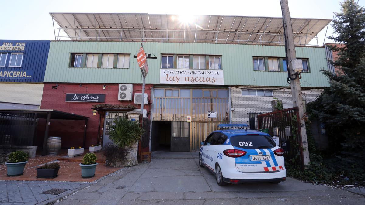 Nave del polígono industrial San Cristóbal de Valladolid donde 13 personas participaban en una fiesta.