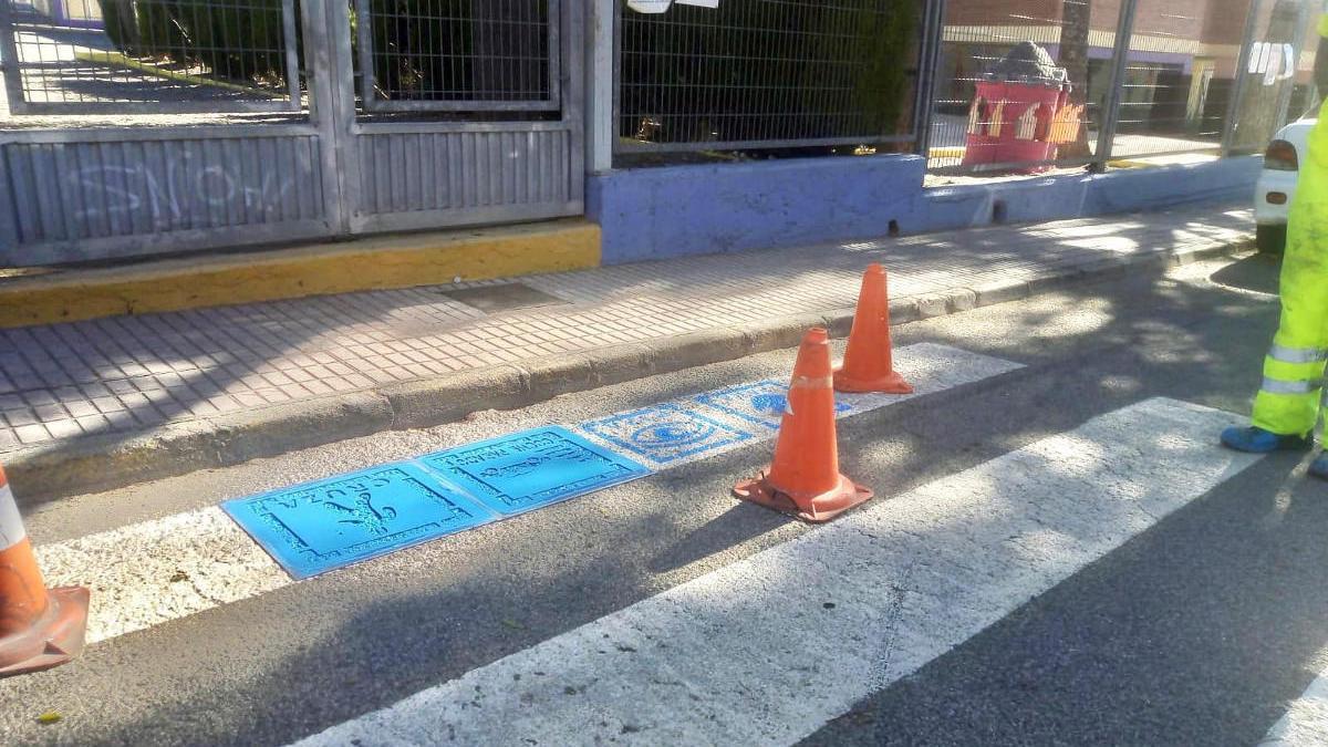 Pasos de peatones para niños con autismo en Cartagena