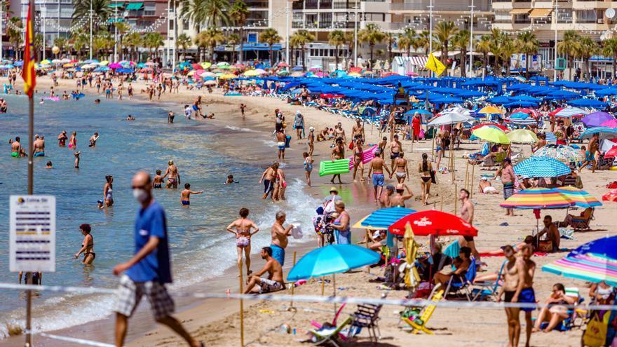 Turisme aboga por reducir la dependencia con los turoperadores como estrategia postcovid