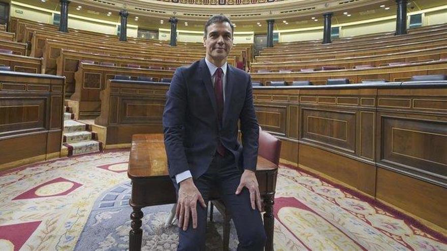 Sánchez comunicará el domingo al Rey la lista de ministros
