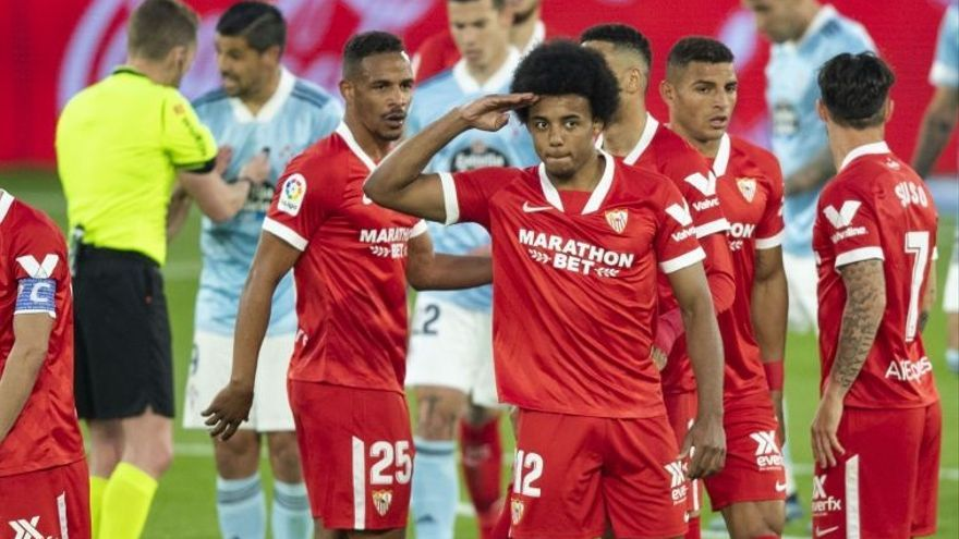El Sevilla no renuncia a la Liga