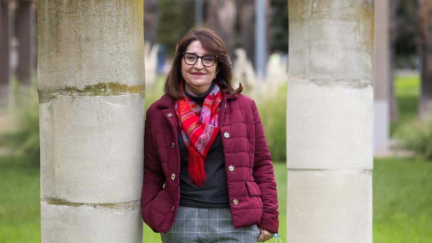 Amparo Navarro es proclamada rectora de la Universidad de Alicante
