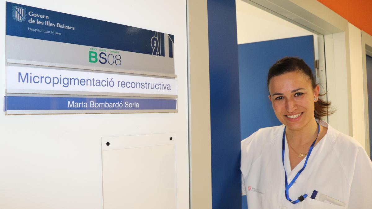 Marta Bombardó, enfermera de la Consulta de micropigmentación.