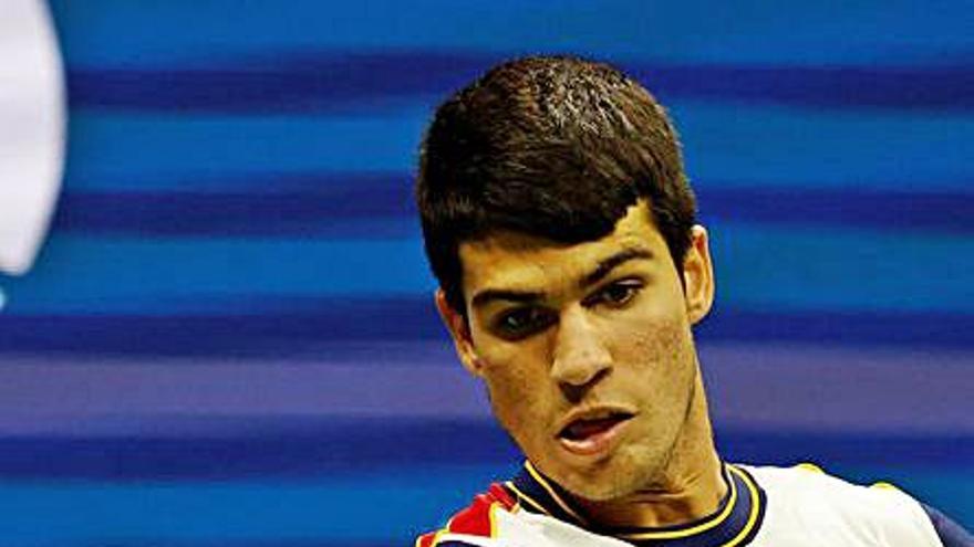 Alcaraz dice adiós a su sueño del US Open al retirarse por lesión