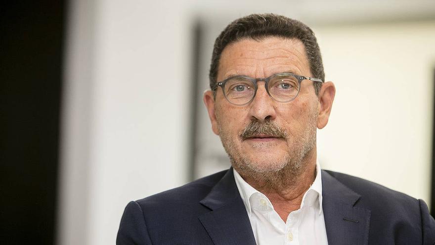Zaragosí dimite como consejero del Valencia CF