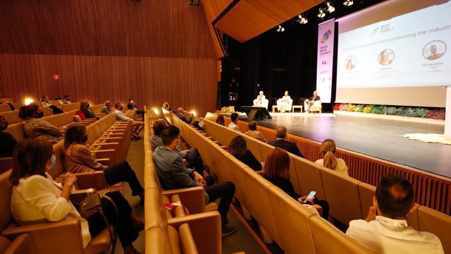 Turismo de congresos, «una oportunidad para reactivar la economía ibicenca»