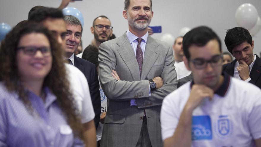 El rey 'enciende' en Tenerife la red para conectar a juristas de veinte países