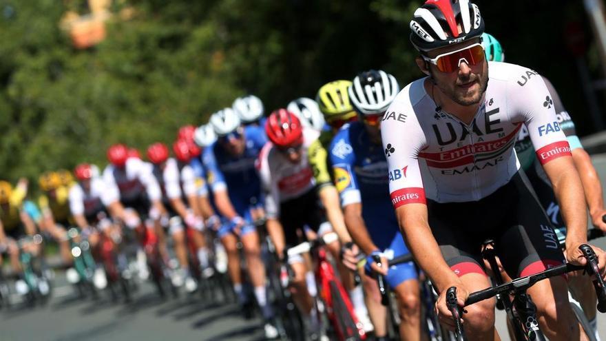 Etapa 8 de la Vuelta a España: Movistar, comparsa de Roglic y Carapaz