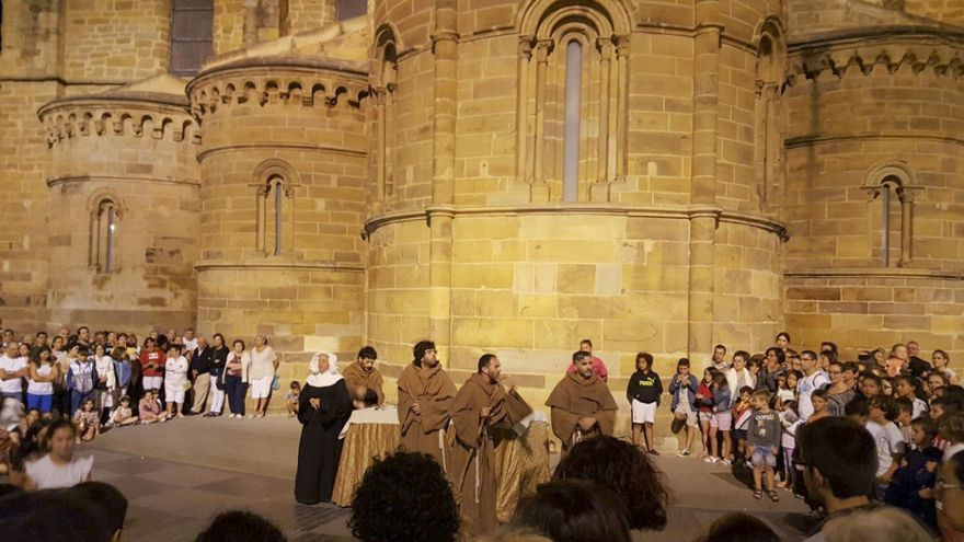 La amenaza de la COVID-19 diezma la programación cultural del verano en Benavente