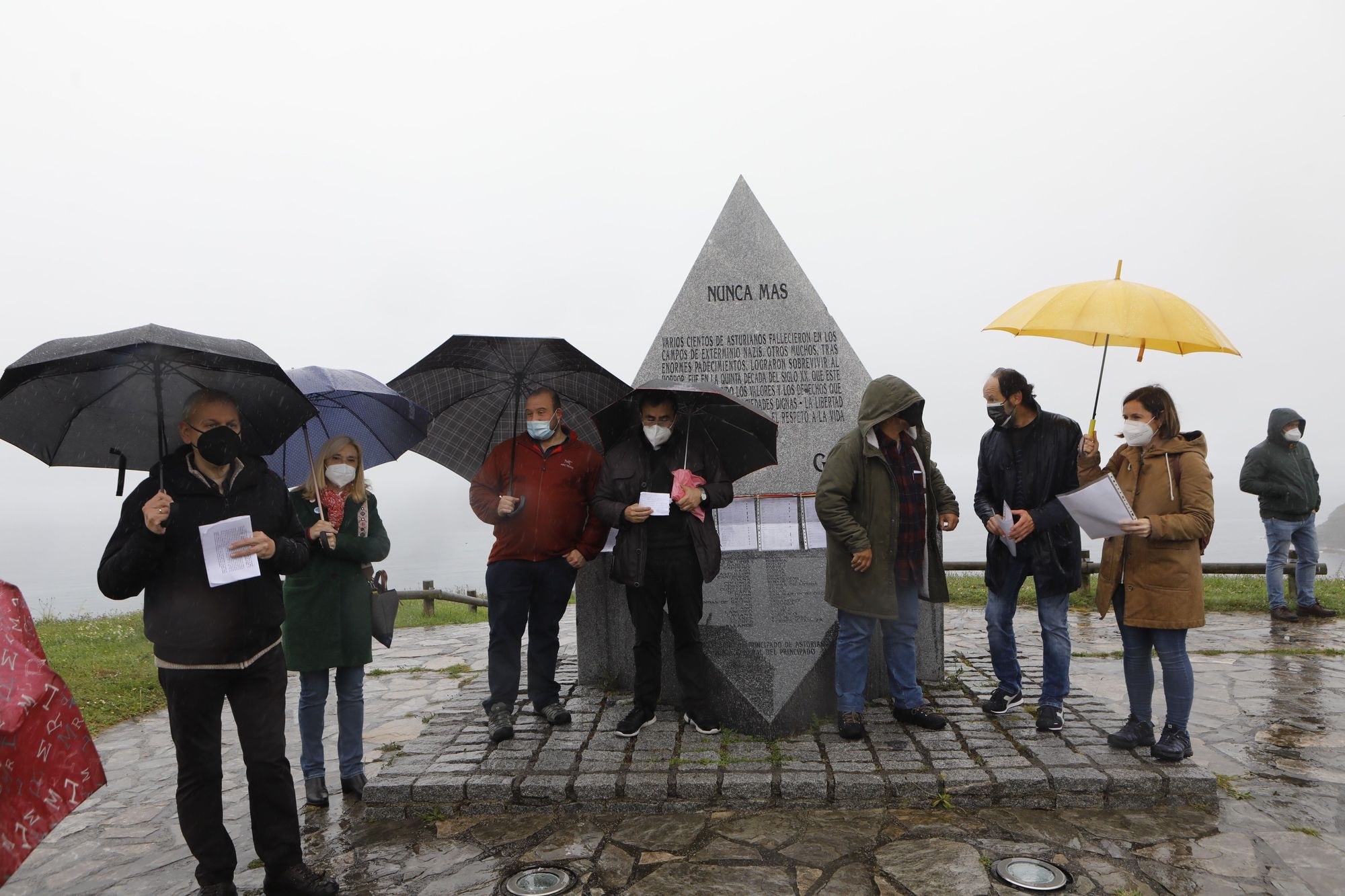 Homenaje en Gijón a las víctimas de los campos de concentración nazis