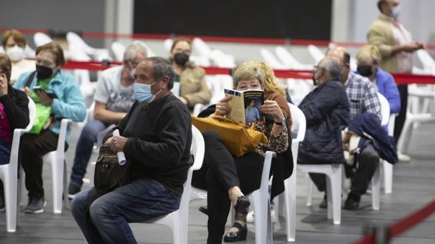 El 20 % de los convocados a vacunarse con AstraZeneca no acude a la cita en Xàtiva