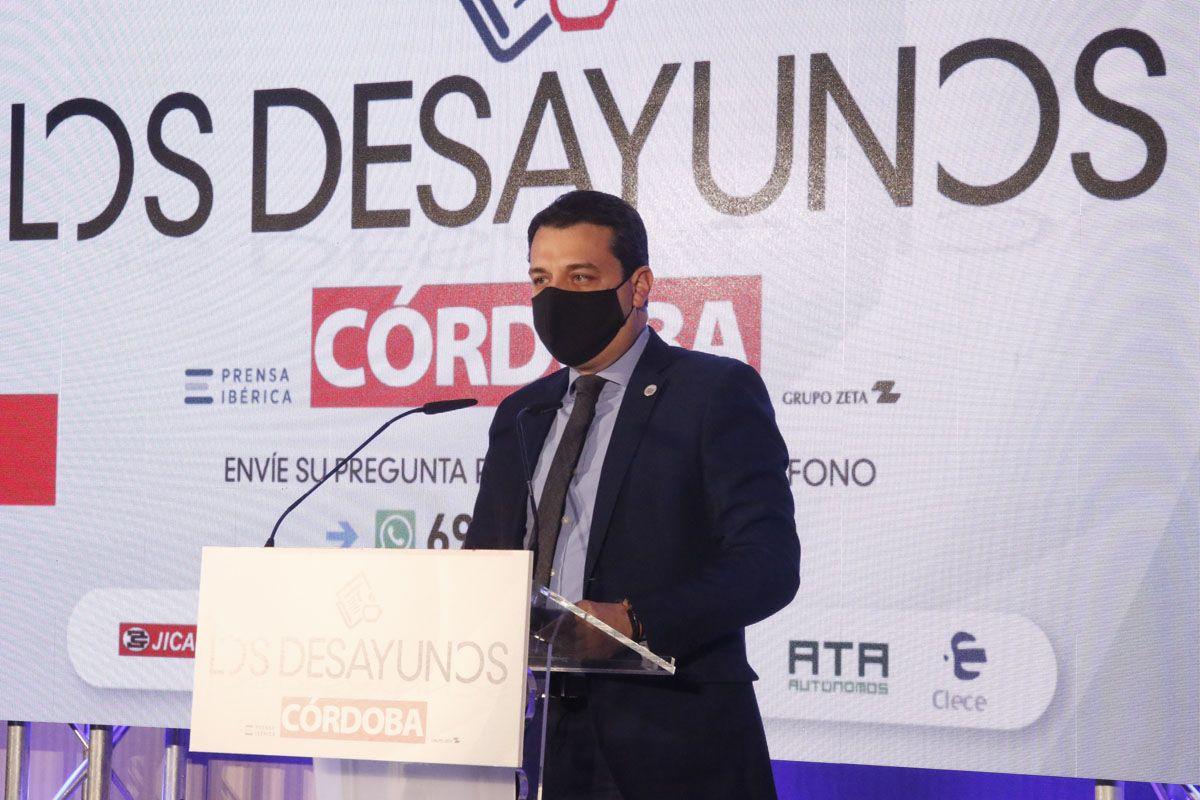 Jesús Aguirre en los desayunos de Diario Córdoba