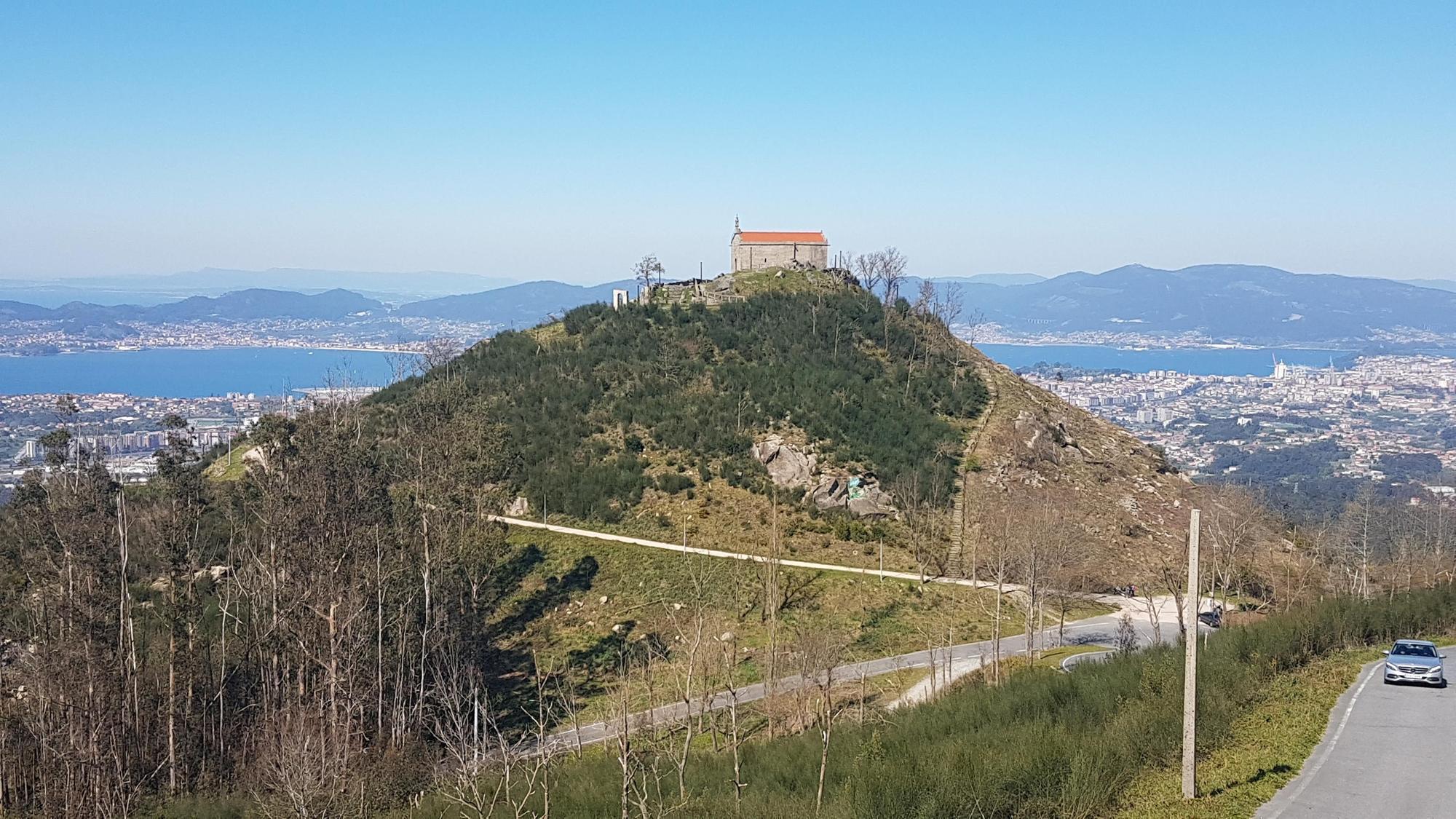 Un paseo por los montes Alba y Cepudo, dos de los mejores miradores de Vigo. / Alberto Blanco