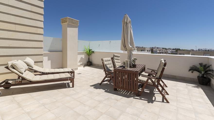 Hay una terraza para ti en La Arruzafa