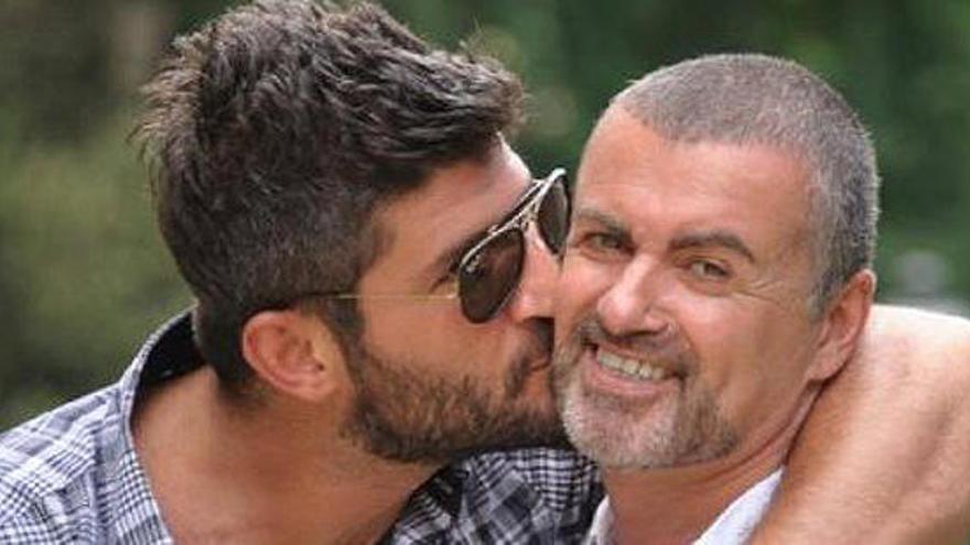 La parella de George Michael revela com va trobar el cos sense vida del cantant