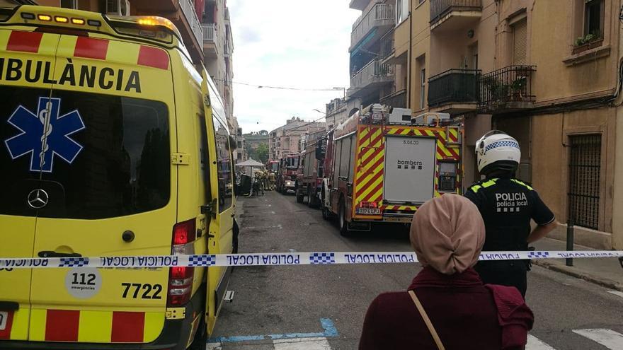 Evacuen un edifici a Olesa per un foc en un transformador