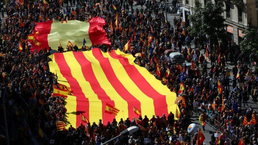 Marcha en Barcelona para pedir un Govern con 'seny'